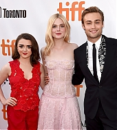 elle fanning, maisie williams, douglas booth, mary shelley, tiff 2017