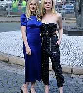 elle fanning, paris fashion week, miu miu, october 2017, dakota fanning