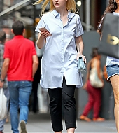 elle fanning, new york city, august 2017, candids